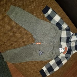 Other - 5/25 Matching sweatpants and sweatshirt for boys.